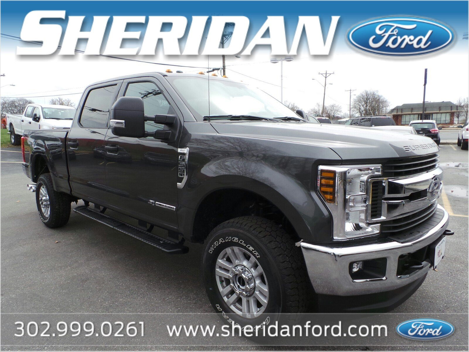 New 2018 Ford Super Duty F 350 SRW XLT Crew Cab Pickup in Wilmington